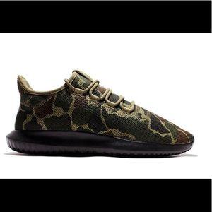 EUC Adidas Tubular Shadow Camo Sneakers 13